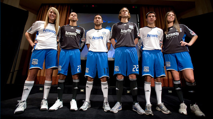 Another view of the new Quakes jerseys.