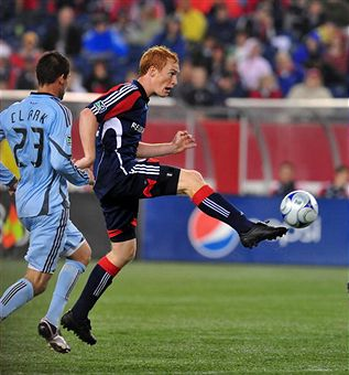 Jeff Larwenowicz will play a big role for New England against Toronto. (Getty Images)