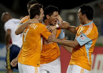 Can Brian Ching and the Dynamo hold off LA? (Getty Images)