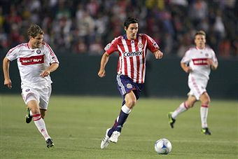 Sacha Kljestan and Chivas head to Chicago to face the Fire. (Getty Images)