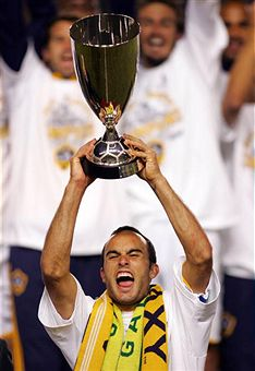 Landon Donovan and the LA Galaxy head to MLS Cup 2009. (Getty Images)