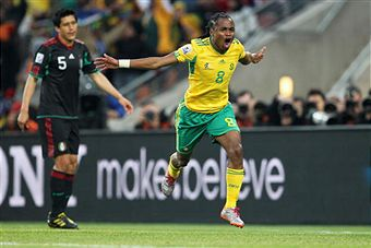 Siphiwe Tshabalala got the 2010 World Cup off to a hot start. (Getty Images)