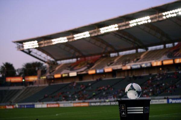 Will anyone notice if Chivas leaves LA? (Kelvin Kuo-USA TODAY Sports)