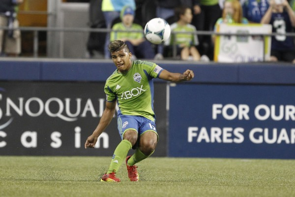 DeAndre Yedlin is leading the rookie pack this season. ( Joe Nicholson-USA TODAY Sports)