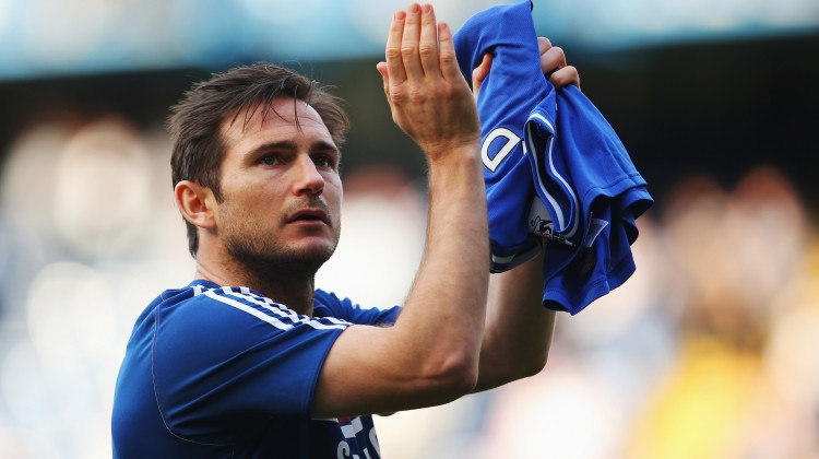 Frank Lampard of Chelsea acknowledges the crowd following the Barclays Premier League match between Chelsea and Norwich City at Stamford Bridge on May 4, 2014 in London, England. (Photo by Clive Rose/Getty Images)